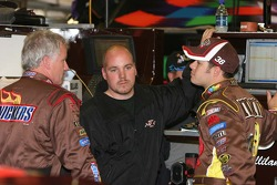 Ricky Rudd talks with David Gilliland