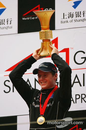 1st place Jonny Reid, Driver of A1Team New Zealand