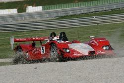 #5 Swiss Spirit Lola B07/10 - Audi: Jean-Denis Deletraz, Marcel Fassler, Iradj Alexander-David spins off the track