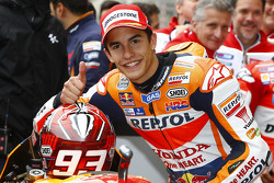 MotoGP 2015 Motogp-french-gp-2015-marc-marquez-repsol-honda-team
