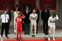 The podium,: Sebastian Vettel, Ferrari, second; Nico Rosberg, Mercedes AMG F1, race winner; Lewis Hamilton, Mercedes AMG F1, third