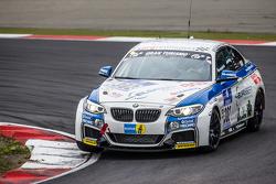 #302 Sorg Rennsport BMW 235i Racing: Anders Fjordbach, Philipp Leisen, Thomas Jäger (2)