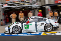 #91 Porsche Team Manthey Porsche 911 RSR: Richard Lietz, Jörg Bergmeister, Michael Christensen