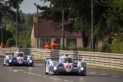 丰田车队1号丰田TS040 Hybrid赛车:安东尼·戴维森、塞巴斯蒂安·布耶米、中岛一贵