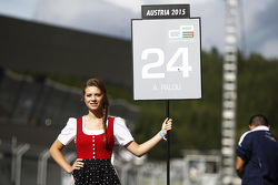 Grid girl for Alex Palou, Campos Racing