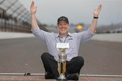Byron Goggin, Joe Gibbs Racing celebrates at the yard of bricks