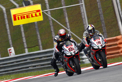 Jordi Torres, Aprilia Racing Team and Leon Haslam, Aprilia Racing Team