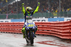 MotoGP 2015 Motogp-british-gp-2015-winner-valentino-rossi-yamaha-factory-racing