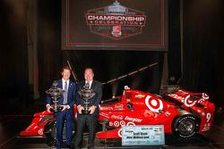 2015 champion Scott Dixon, Chip Ganassi Racing Chevrolet and Chip Ganassi