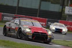 #10 Gainier Tanax Nissan GT-R: Andre Couto, Chiyo Katsumasa,Tomita Ryuichiro