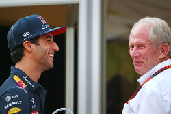 Daniel Ricciardo, Red Bull Racing met Dr Helmut Marko, Red Bull Motorsport Consultant