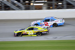 Paul Menard, Richard Childress Racing Chevrolet and Brian Scott, Richard Childress Racing Chevrolet