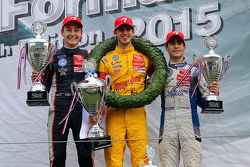 Podium: winner Antonio Giovinazzi, second place George Russell, third place Sergio Sette Camara