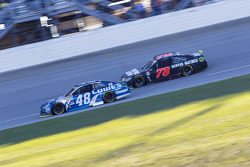Jimmie Johnson, Hendrick Motorsports Chevrolet and Martin Truex Jr., Furniture Row Racing Chevrolet