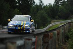 #235 Fuchs-Personal-Team-Nett Honda Civic Type-R: Jürgen Nett, Rolf Schültz, Thomas Reuter