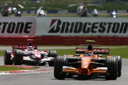 Christijan Albers, Spyker F1 Team, F8-VII and Takuma Sato, Super Aguri F1, SA07