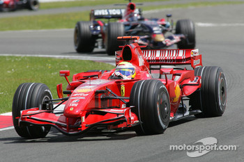 Felipe Massa, Scuderia Ferrari, F2007 and Scott Speed, Scuderia Toro Rosso, STR02