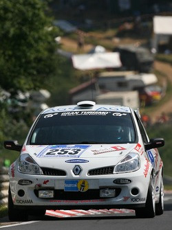 #253 Martin Bailey Renault Clio RS FI. Gas: Martin Bailey, Greg Doyle, Allan Shephard, Ross Lilley