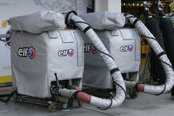 Renault F1 Team, fuel rigs