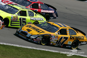Matt Kenseth on the bottom of three wide racing