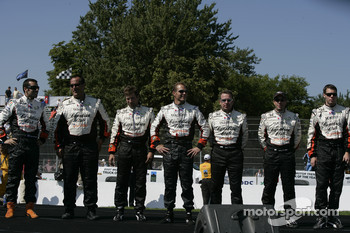 Drivers introduction: Dario Franchitti and his team