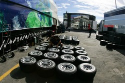 Honda Racing F1 Team, Bridgestone tyres