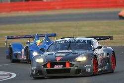 #59 Team Modena Aston Martin DBR9: Antonio Garcia, Darren Turner