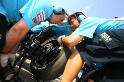Rizla+ Suzuki team members at work