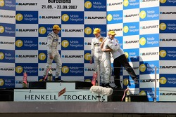 Race winner Jamie Green, Team HWA AMG Mercedes, AMG Mercedes C-Klasse hugs his engineer Gerhard Ungar, Chief Designer AMG on the podium