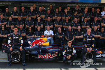 David Coulthard, Red Bull Racing, Mark Webber, Red Bull Racing, Sébastien Buemi, Test Driver, Red Bull Racing