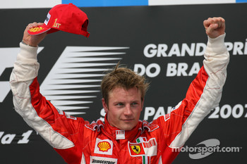 Podium: race winner and 2007 World Champion Kimi Raikkonen