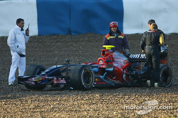 Sebastian Vettel, Scuderia Toro Rosso, STR02 in the gravel