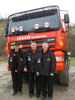 Team de Rooy presentation: service truck team of Chris Colaers, Dick Spruijt and Clim Smulders