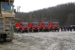 Team de Rooy presentation: the GINAF X2223 rally trucks, DAF FAZ CF85.625 service truck and DAF FAV CF75.530 service truck