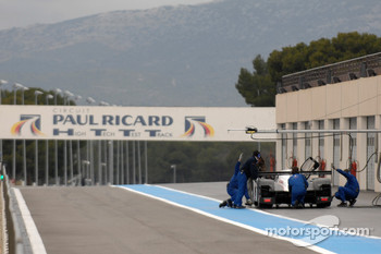 Dino Lunardi tests the Peugeot 908 Hdi FAP
