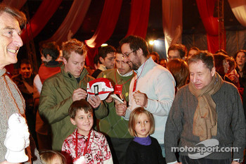 Ferrari Christmas for Kids party: Luca di Montezemelo, Kimi Raikkonen and Jean Todt