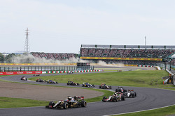 Romain Grosjean, Lotus F1 E23, al inicio de la carrera