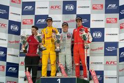 Podium: winner Felix Rosenqvist, Prema Powerteam, second place Antonio Giovinazzi, Jagonya Ayam with Carlin, third place Lance Stroll, Prema Powerteam