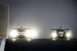 #17 Porsche Team Porsche 919 Hybrid: Timo Bernhard, Mark Webber, Brendon Hartley and #1 Toyota Racing Toyota TS040 Hybrid: Sébastien Buemi, Anthony Davidson, Kazuki Nakajima