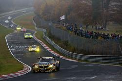 #36 沃肯霍斯特车队宝马Z4 GT3:杰西·克罗恩,维克多·布文