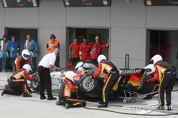 Christian Vietoris, driver of A1 Team Germany, pitstop