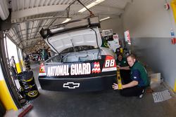 AMP Energy / National Guard Chevy crew member at work