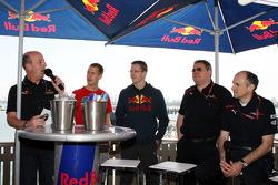 Sebastian Vettel, Scuderia Toro Rosso, Sébastien Bourdais, Scuderia Toro Rosso, Gorgio Ascanelli Technical Director, Scuderia Toro Rosso, Franz Tost, Scuderia Toro Rosso, Team Principal