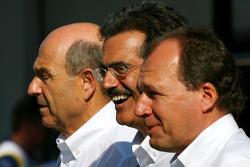 BMW Sauber F1 photoshoot: Peter Sauber, BMW Sauber F1 Team, Team Advisor, Dr. Mario Theissen, BMW Sauber F1 Team, BMW Motorsport Director, Willy Rampf, BMW-Sauber, Technical Director