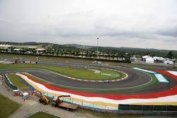 General View of Turn 1
