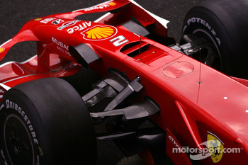 Ferrari F2008 radical new front nose