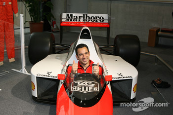 Visit of Honda Museum at Twin Ring Motegi: Helio Castroneves in the McLaren Formula One car of legendary champion Ayrton Senna