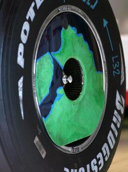 Honda RA108 new front wheel
