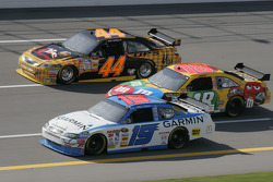 Elliott Sadler, Kyle Busch and David Reutimann