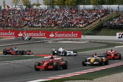 Kimi Raikkonen, Scuderia Ferrari, F2008 and Fernando Alonso, Renault F1 Team, R28